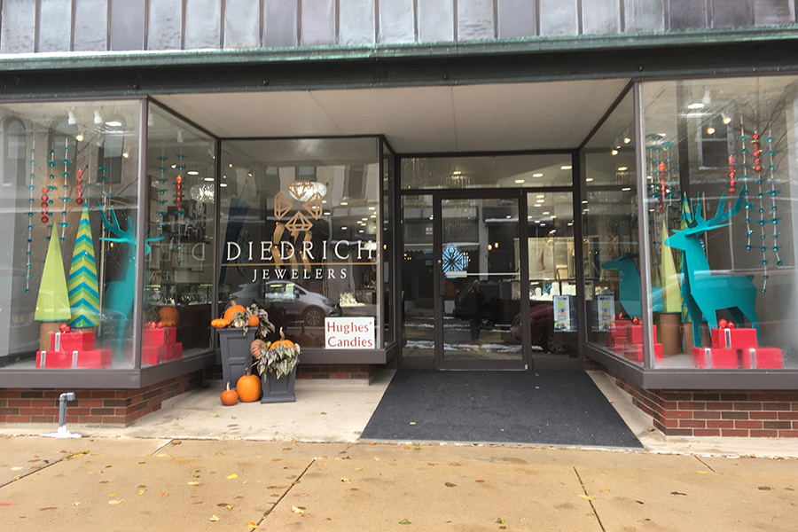 diedrich jewelers 2019 holiday window display