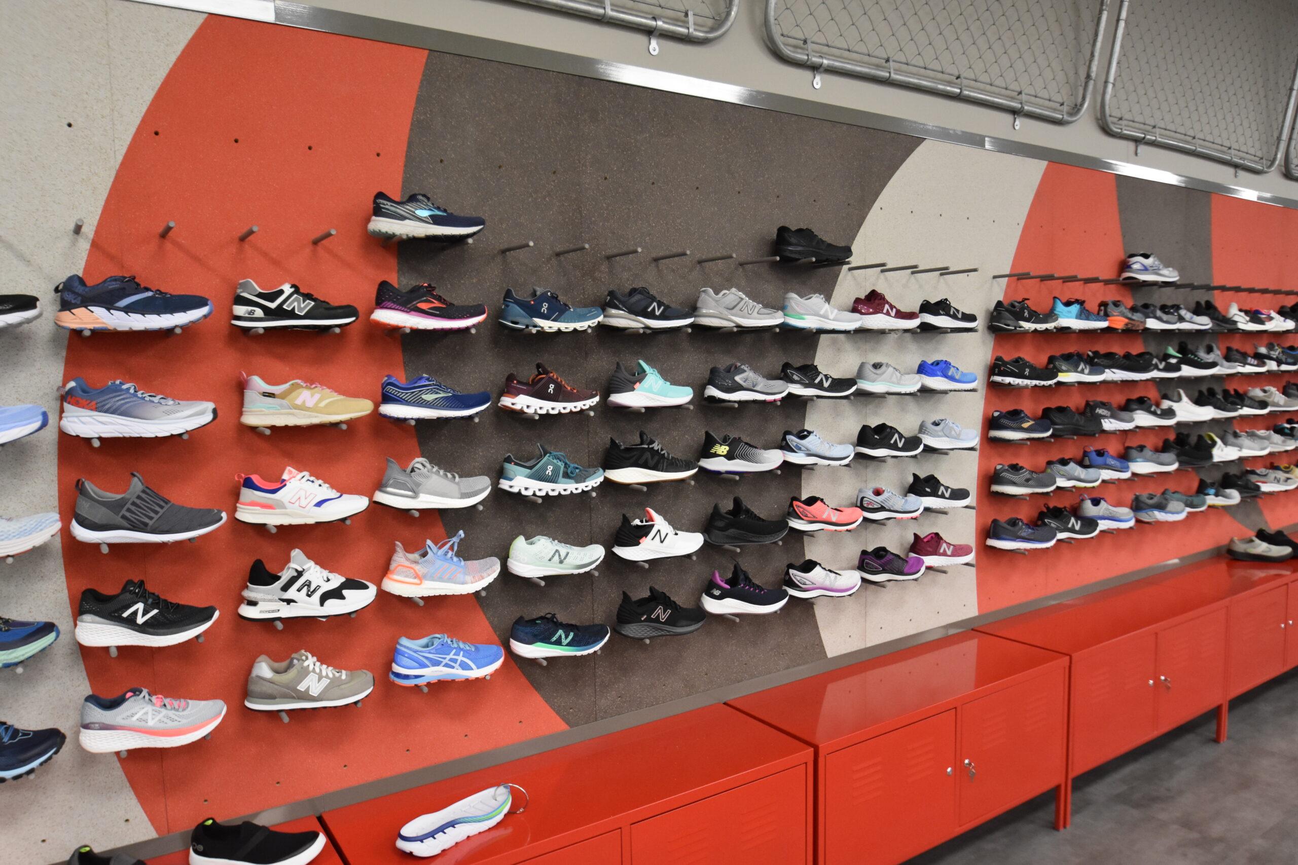 shoe fly fixture