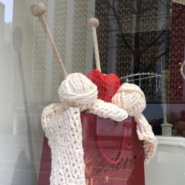 giant knitting needles